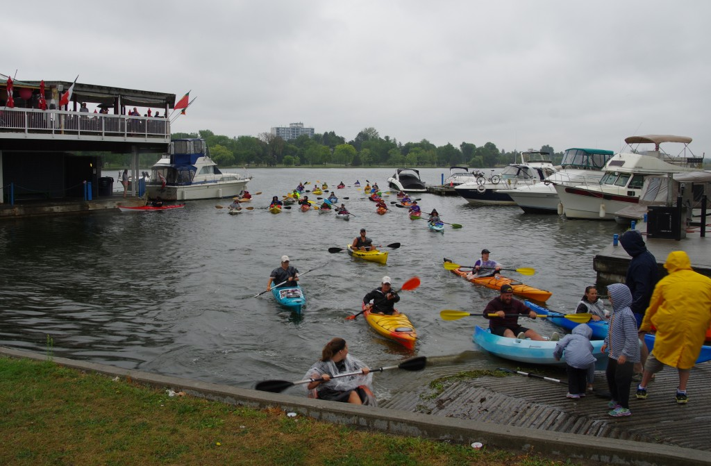 Photo Credit: Chris McGahey - Kayaking for Cancer members arriving at Dow's Lake after eight day journey